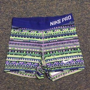 Rare Nike pro shorts (S)
